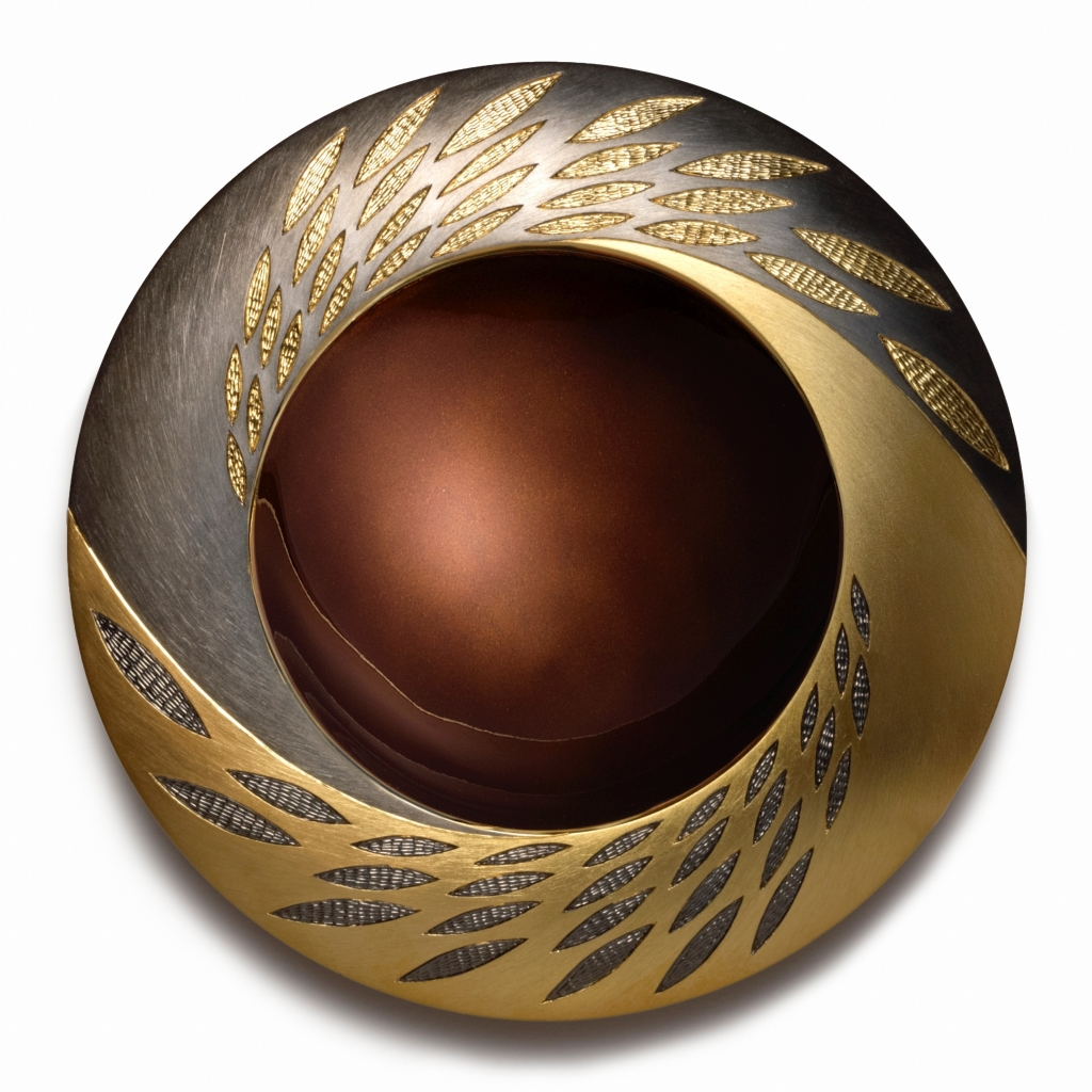 """<a href=""""/jewellery/elements-spinning-bowl-earth-early-version-150-mm-diam-brittania-silver-yellow-gilding"""">ELEMENTS SPINNING BOWL  -  EARTH (early version) 150 mm diam. Brittania Silver, yellow gilding, hand engraved. Bronze / Brown enamel. Photo Andra Nelki</a>"""